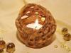 kugelförmiger Teelichthalter mit Durchbruchmuster